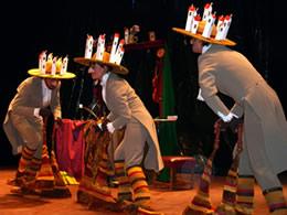 """In seinen Schuhen""  - Vedogon Theater, Russland (Schwarzmeer Theaterfestival EUKITEA)"